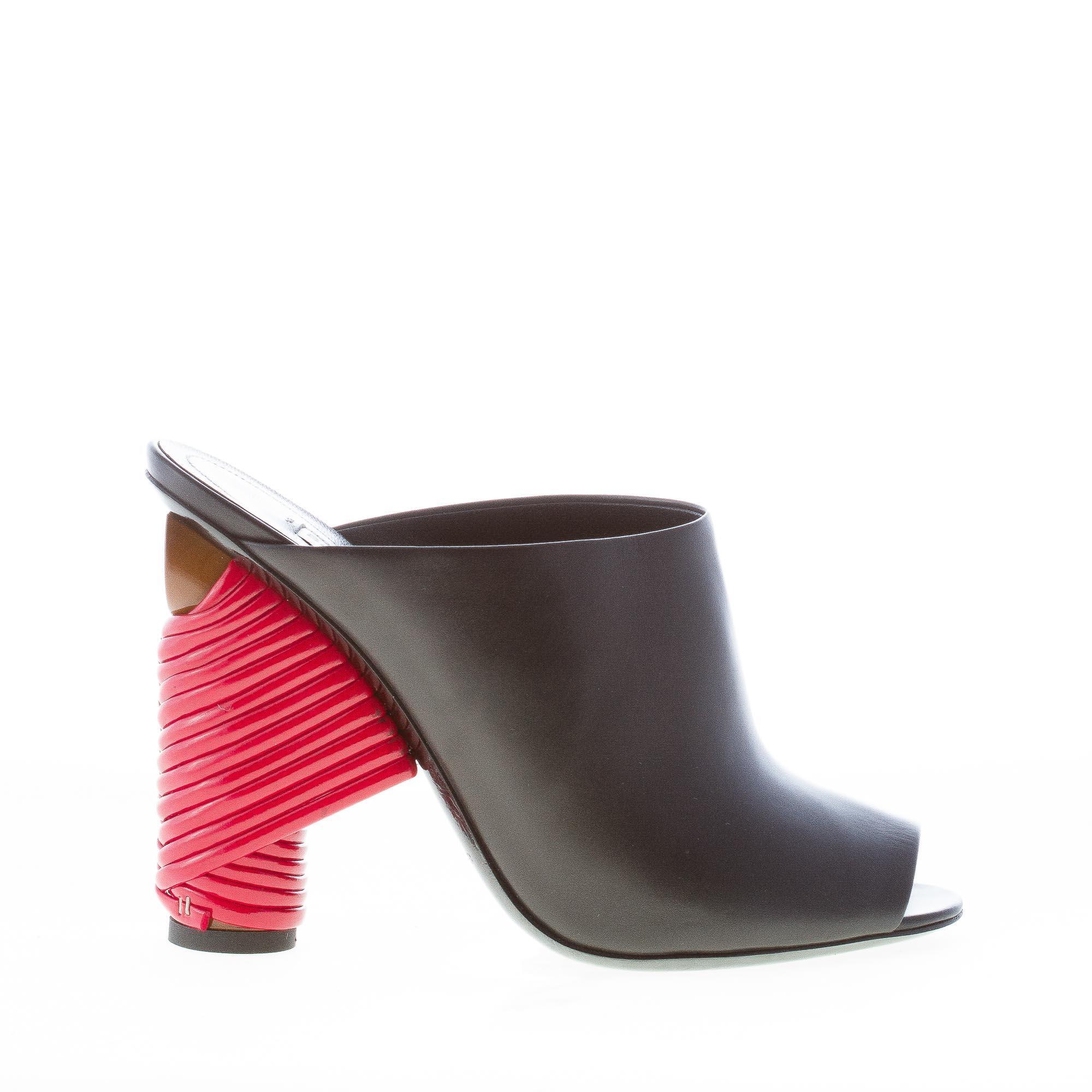 BALENCIAGA donna sandalo slide in pelle NERO con tacco rosso intrecciato. Tacco 11 cm